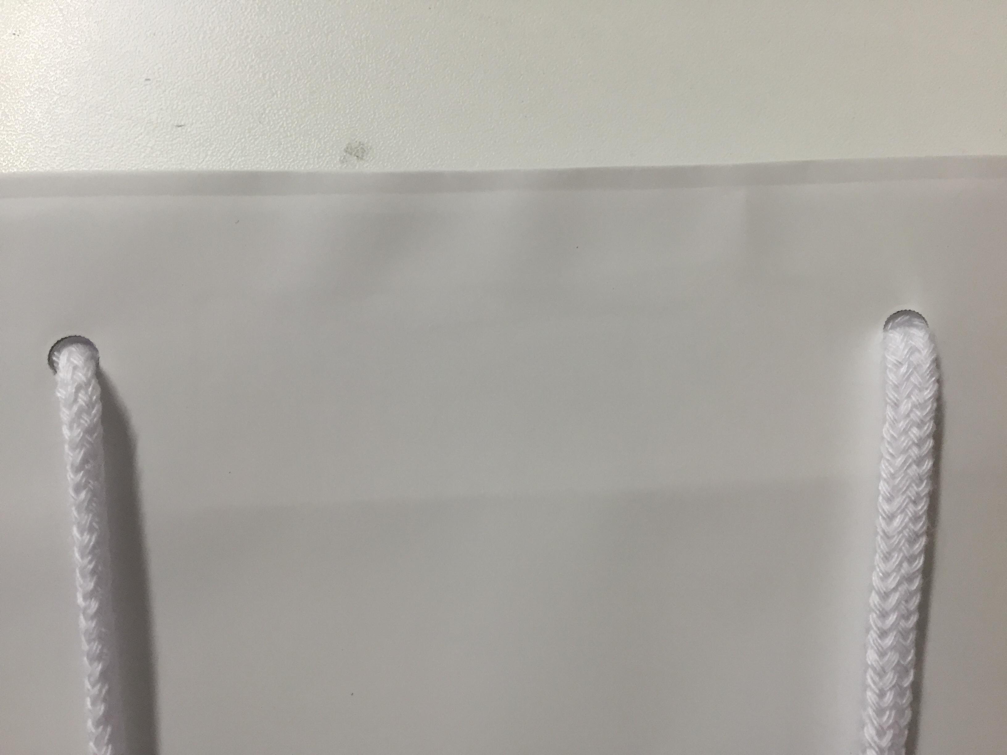 紙袋の一般的な穴サイズと穴間の測り方